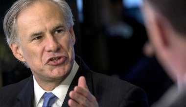 Texas Governor Threatens Fines for Local Officials Who Enforce Mask Mandates
