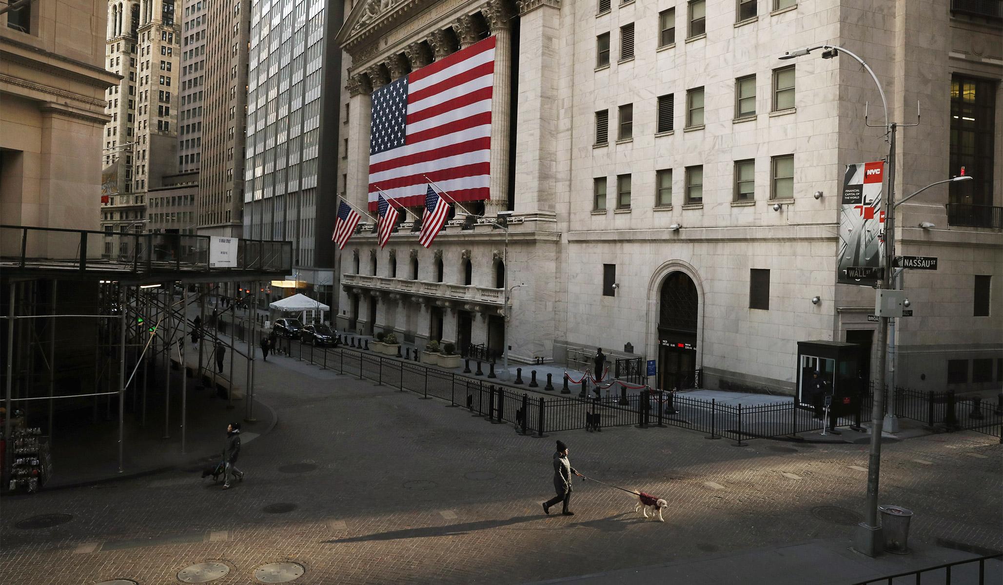 U.S. GDP Growth Slows Dramatically in Third Quarter