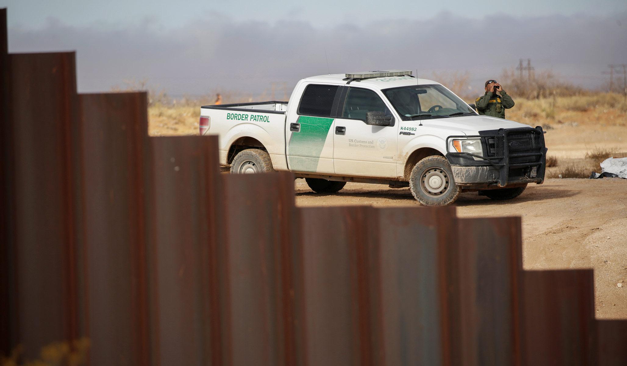 At Least Ten Migrants Die in Fatal Van Crash in Texas