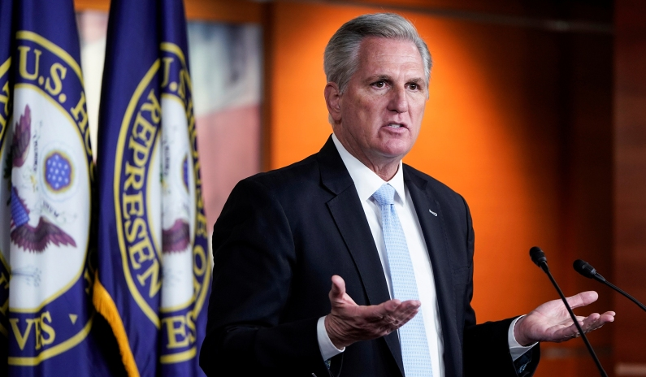 McCarthy Urges Biden to Deploy National Guard to Migrant Camp under Texas Bridge