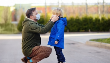 NIH Director Instructs Parents to Wear Masks at Home around Unvaccinated Kids