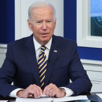New Poll Shows Majority of Americans Lack Confidence in Biden's Immigration Policy