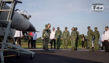 Chinese Jets Breach Taiwanese Air Space One Day after Proposed Defense Budget Increase