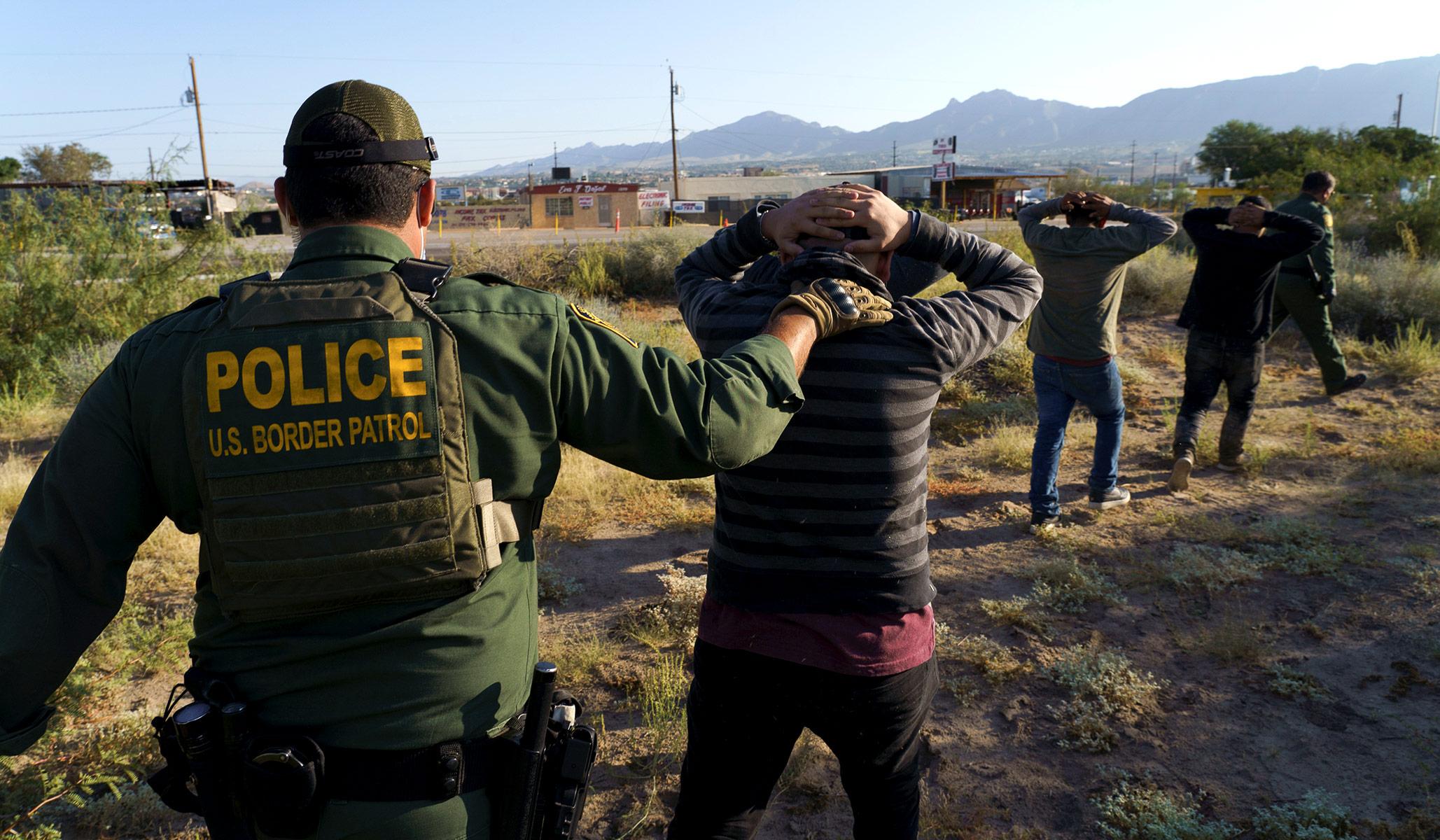 Imigrasi: Administrasi Biden Berusaha Mengakhiri Kebijakan 'Tetap Di Meksiko'