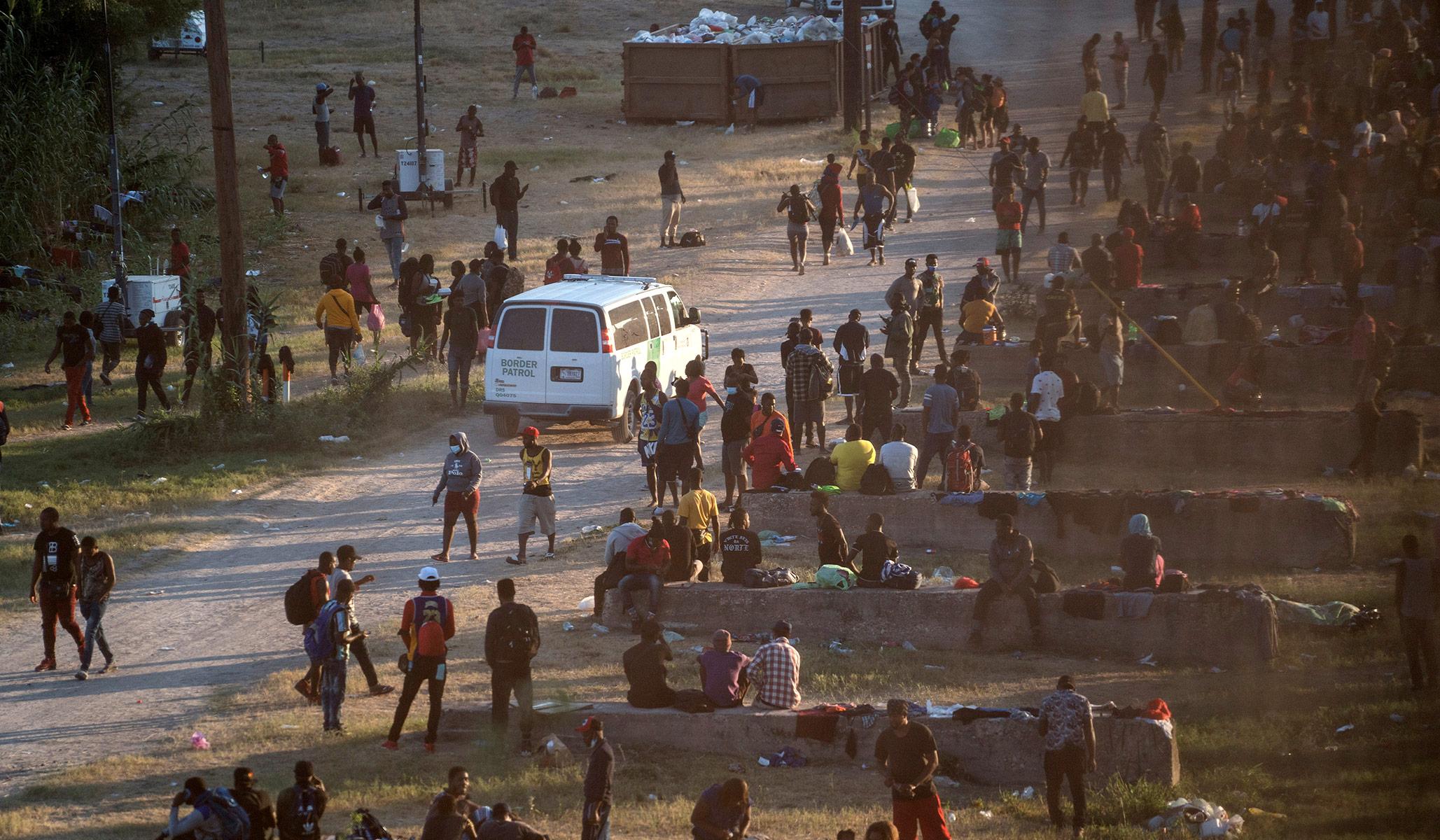 Thousands of Migrants Camp Under Texas Bridge as Border Patrol 'Overwhelmed'