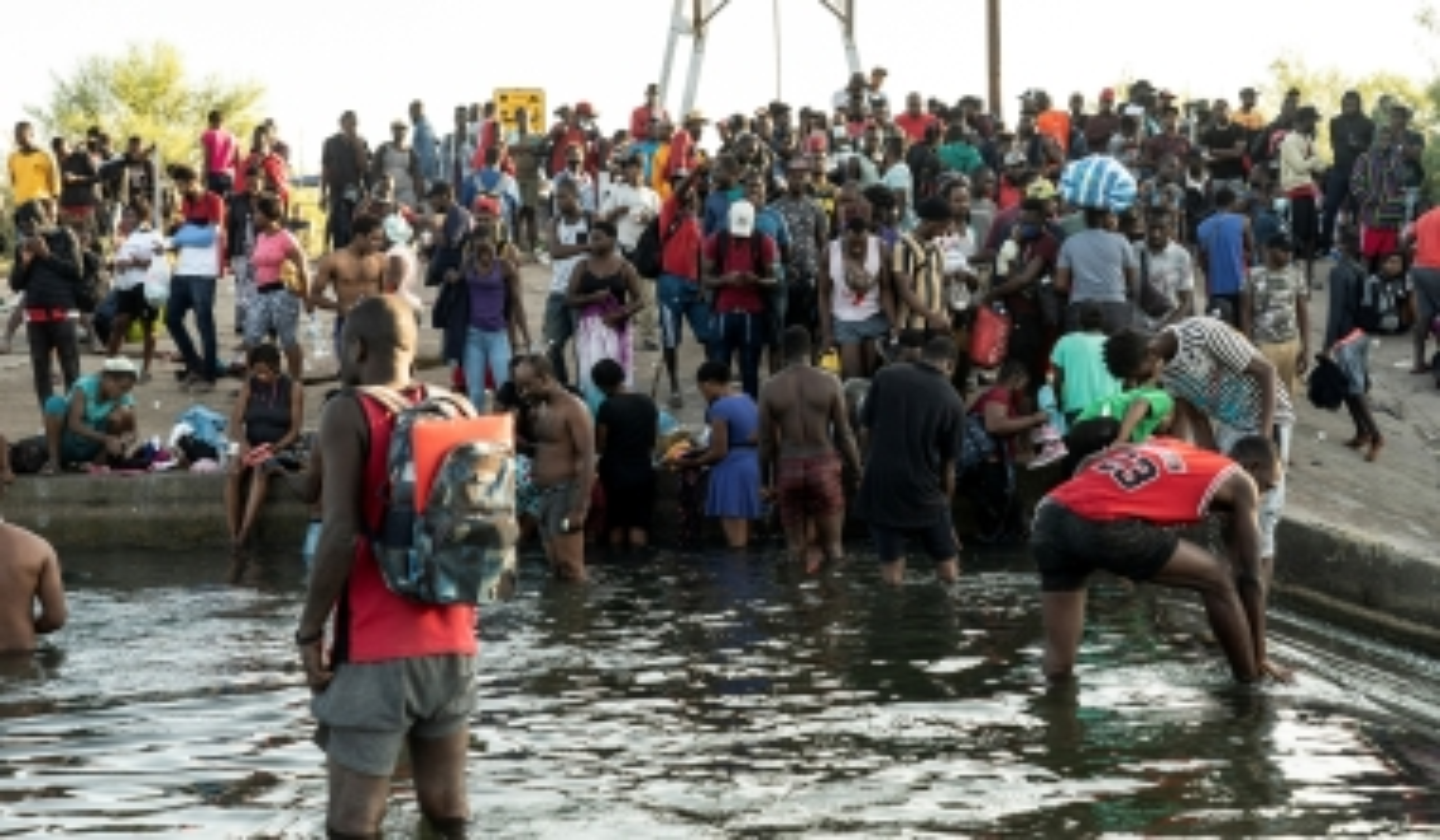 Mass of Migrants Crosses Rio Grande, Enters U.S. Illegally as Border Crisis Worsens