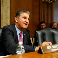Manchin Told White House Child Tax Credit Must Include Work Requirement, Income Cap: Report