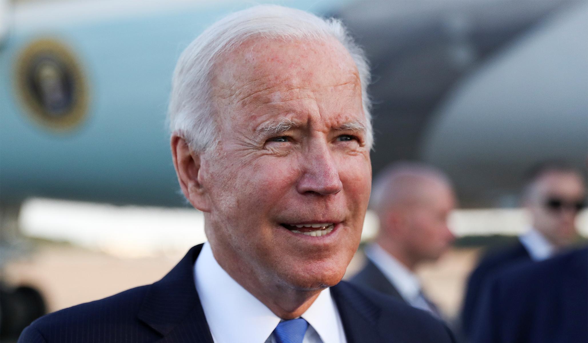 Krisis Gedung Putih Joe Biden Tumbuh
