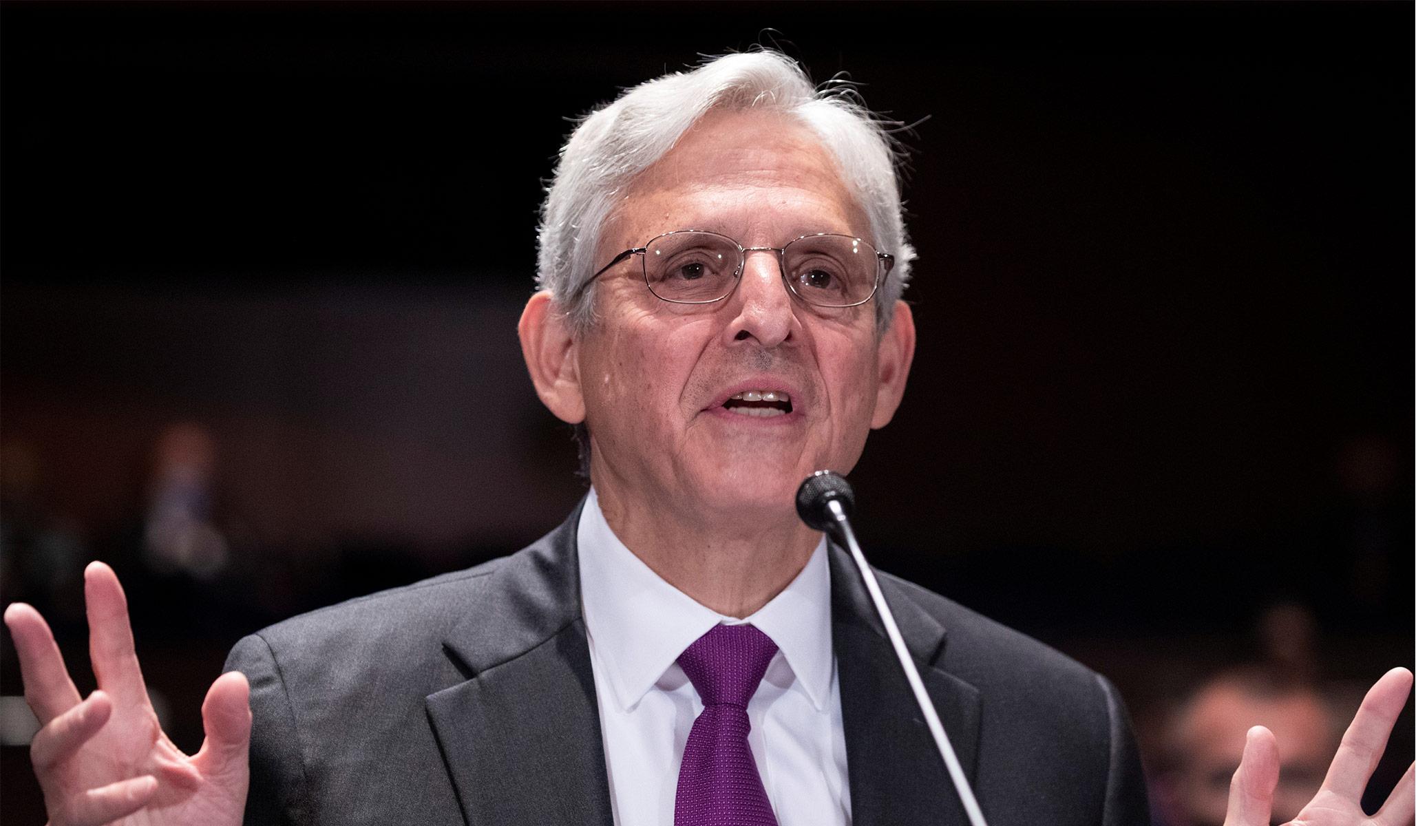 AG Garland Menolak Memo Dewan Sekolah Mewakili Konflik Kepentingan Mengingat Ikatan Keluarga dengan Perusahaan Pendidikan Progresif