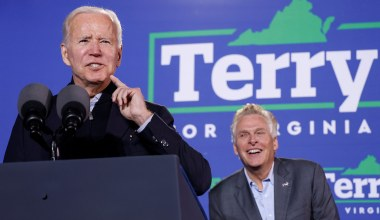 Biden Labels Youngkin 'Acolyte' of Trump at Virginia Rally